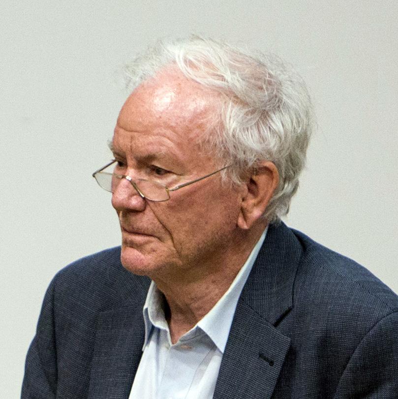 Dr. Klaus <b>R. Schubert</b> Professor für Teilchenphysik - krs-140711
